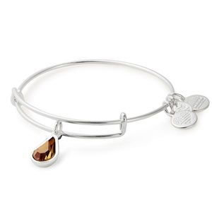 swarovski tear drop bracelent BRAND NEW